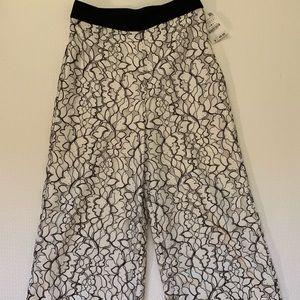 Zara Lace Culottes NWT Small Black & White